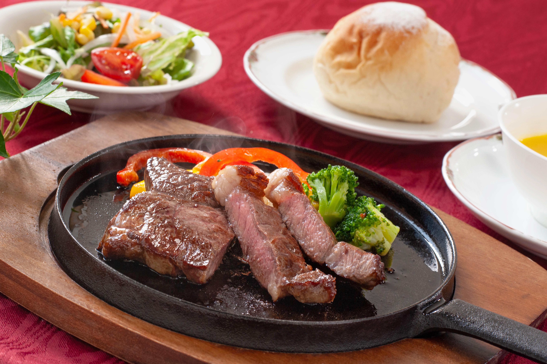 ステーキ食べ放題フェア!|JRホテルクレメント宇和島 レストランシレーヌ